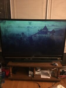 60 inch Sony KDS-60A2020 TV