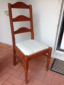 FREE - 6 dining chairs - wooden country style Chatswood West Willoughby Area Preview