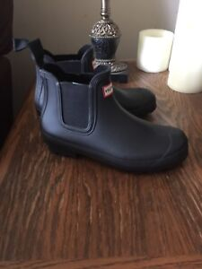 Hunter Boots Cheslea size 7