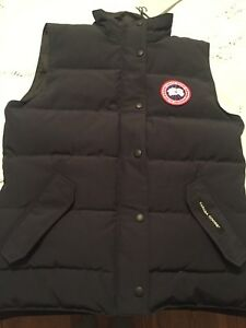Canada Goose Vest Blue Brand New Authentic