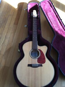 Seagull Performer CW Mini-Jumbo Flame Maple with Electronics