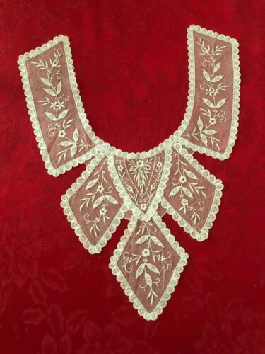 Antique Victorian Lace Collar, Dress Front Beautiful