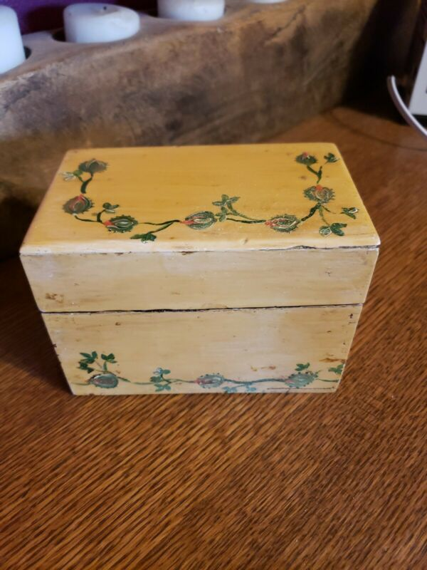 Recipe Box Full of Clipped Typed and Handwritten Recipes Vintage