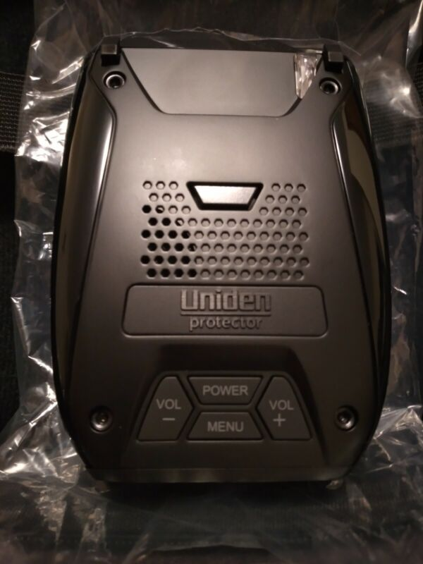 Uniden DFR7 Super Long Range Radar Detection with GPS (Serial # 0A007704)