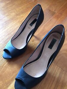 RMK heels size 8.5 Yowie Bay Sutherland Area Preview