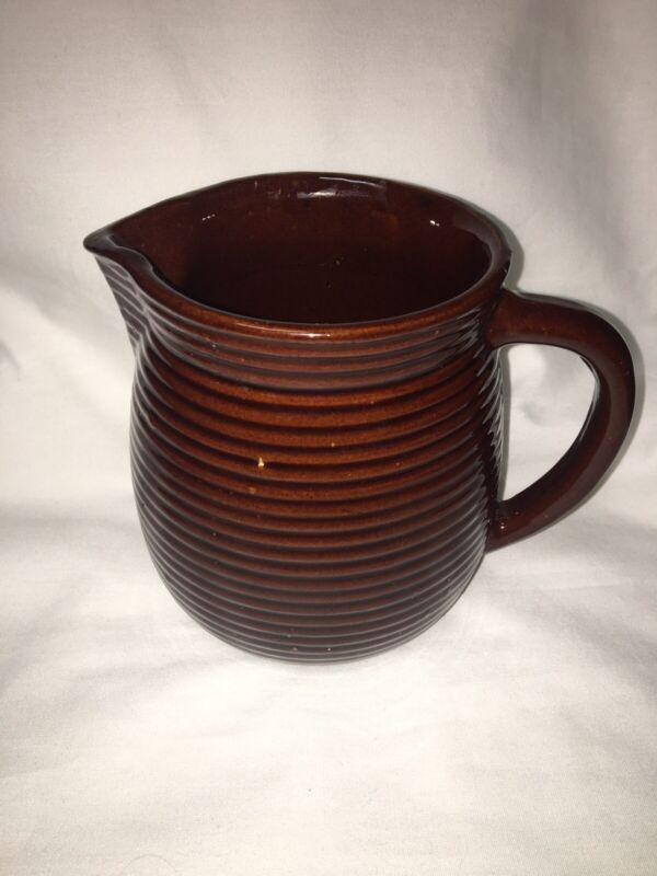 VINTAGE MONMOUTH WESTERN POTTERY MILK PITCHER CREAMER BROWN RIBBED MAPLE LEAF