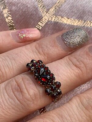 Antique Victorian 9ct Yellow Gold Garnet Crowned Heart Ring Carved -