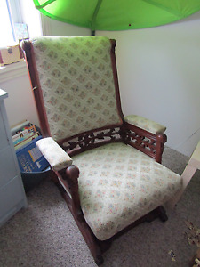 Antique glider/rocking chair, in need of some repair