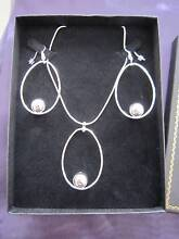 Stunning Silver Ellipse Ball Necklace & Earring Set Point Cook Wyndham Area Preview