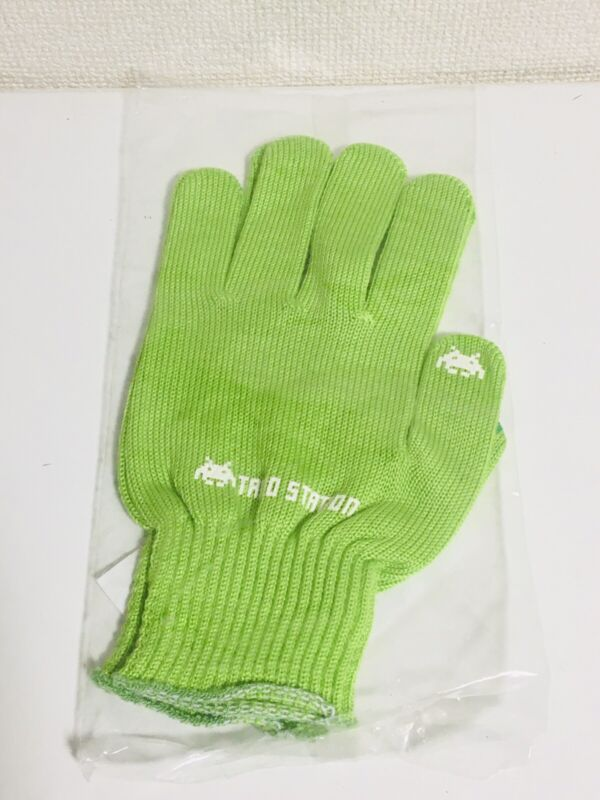 Taito Glove Green Arcade Game Room Ships from Japan