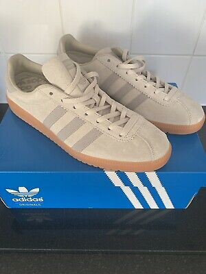 Adidas Bermuda Trainers Uk Size 10 Mens Light Beige/Grey/gum