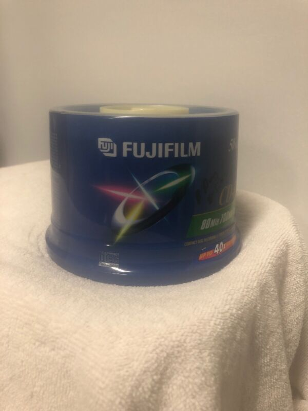 FUJIFILM CD-R 50 Pack 80 Min 700MB Compact Disc Recordable