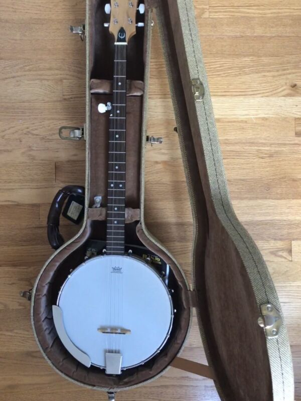 Epiphone Mb 100 Banjo W/ Case Tuner And Capo