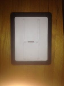 iPad case with stand built in Cambridge Kitchener Area image 3