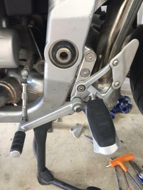 BMW R1100s Driver Foot Peg Lowering 50 mm Lower R 1100 S ABE