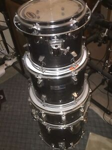 Taye tour pro drums 5pc with extras