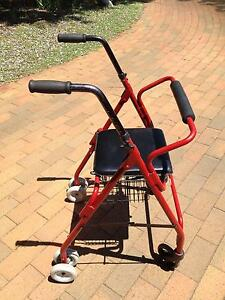 MOBILITY WALKER FOR ELDERLY with push-down brakes Dubbo Dubbo Area Preview