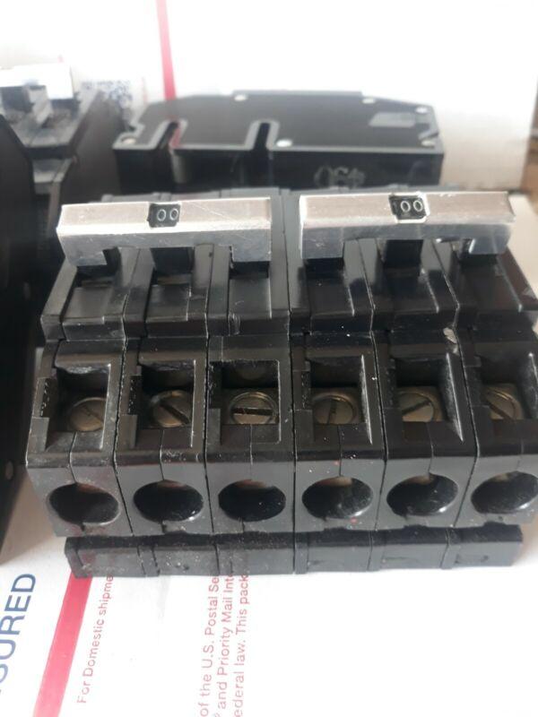 1 ZINSCO SYLVANIA CHALLENGER QC243100 QC PUSH  IN  3 POLE 100 AMP 240 VAC