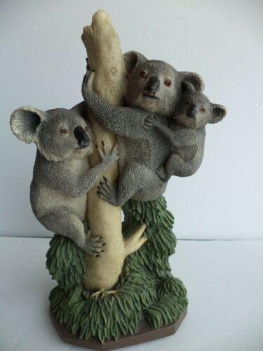 "8"" RESIN DETAILED 1995 PACO STYLUS 3 KOALA BEARS IN TREE FIGURINE SCULPTURE"
