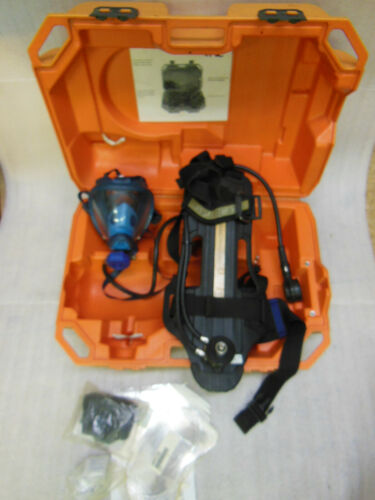 Draeger SCBA Compressed Air Breathing Apparatus with protective Hardcase