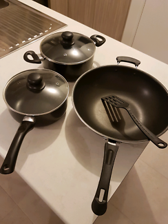 Stir frypan and woks