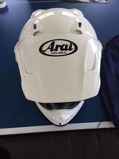 Arai XD 4 adventure Med helmet