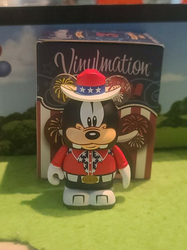 "DISNEY Vinylmation 3"" Park Set 1 Independence Day Goofy 4th July Eachez with Box"
