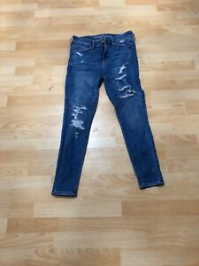 Dirk ripped jeans