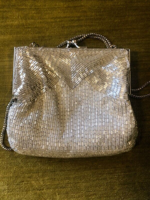 Vintage, beaded, elegant, flapper style Magid purse. used great condition.