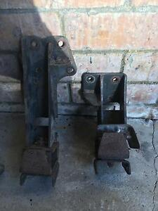 Rb 30 engine mounts vl r31 rb30 Rankin Park Newcastle Area Preview
