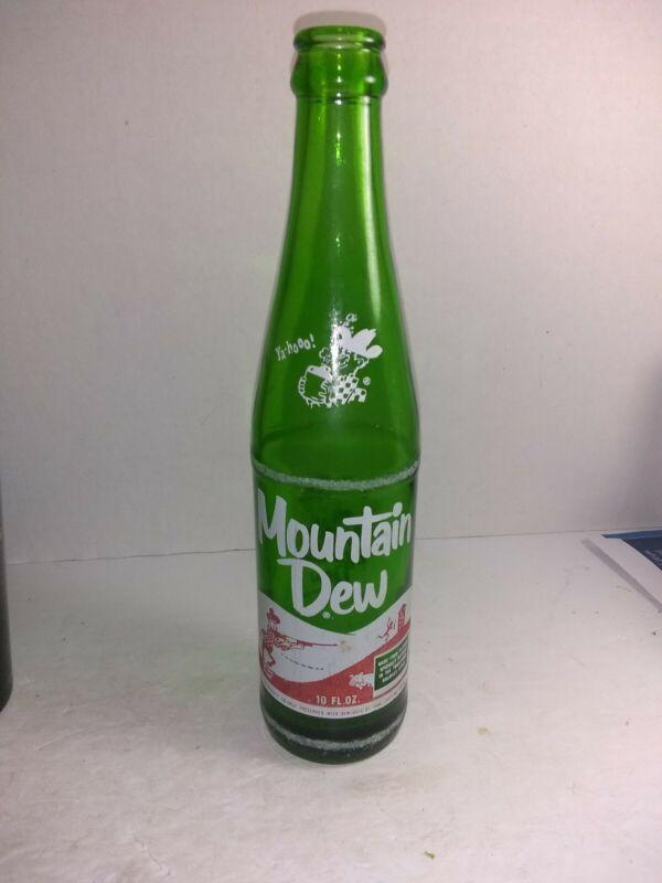 "VINTAGE MOUNTAIN DEW HILLBILLY POP BOTTLE 10 OZ   ""LAUGHING PIG""  1960"