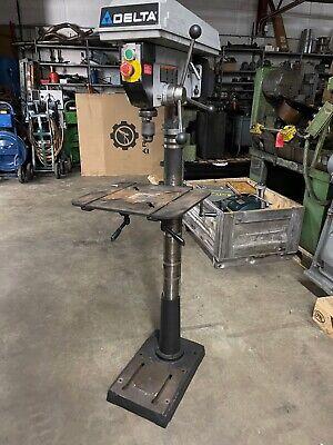 Delta 17-950l Drill Press