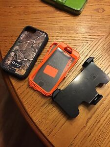 iPhone 6 OtterBox case - hunter camo