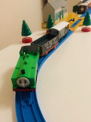 TOMY DUCK TOAD & SC RUFFEY TRUCK WORKING. Thomas & Friends Trackmaster Motorized