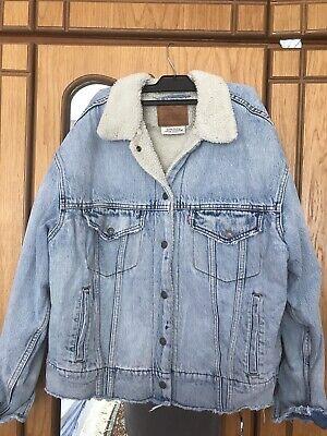 Levi's Premium Original Boys/Mens' Denim Jacket size XS With Fax Fur Inside