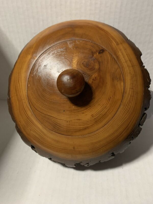 "Vintage 7"" Lebanese Hand Turned Cedar Wooden Bark Bowl With Lid"