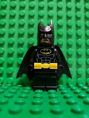 Lego Batman Minifigure Type 1 w Belt 70909 70920 70905 70916 70922 70911 sh312