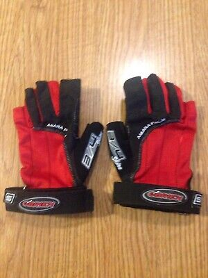 New O/'Brien 3//4 Ski Skin Gloves Red//Black
