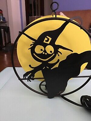 Lighted Flying Witch Plug In Halloween