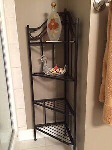 Display shelf