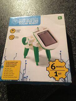 Kids solar robot