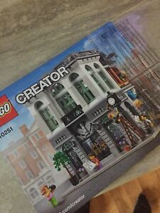 Lego Creator expert 10251 brick bank  new with box and book