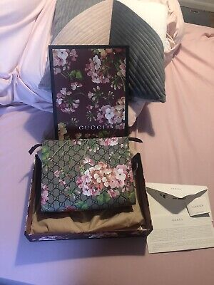 Discontinued Sold Out Gucci Bloom Clutch Bag 100% Authentic