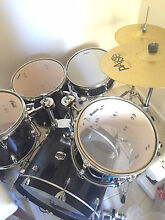 Yamaha Gigmaker 7 Piece Drum kit Mount Claremont Nedlands Area Preview