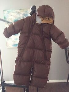 Baby gap snowsuit 6-12