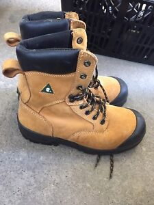 Workload steel toe work boots size 7