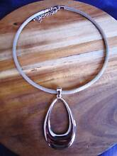 Collar Necklace with Oval Teardrop Pendant Point Cook Wyndham Area Preview