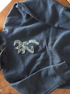 6 boys hoodies -- size 7/8 --
