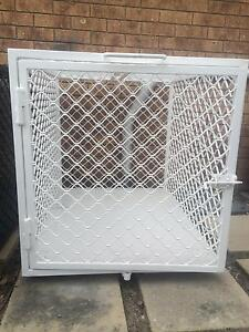 Dog transport cages Oxenford Gold Coast North Preview