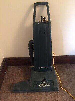 Nobles Magna Twin 2600 Vacuum